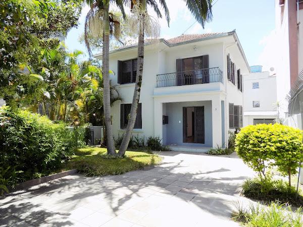 Casa Residencial Azenha, Porto Alegre 225m²