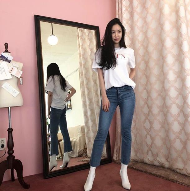 naeun jeans 23