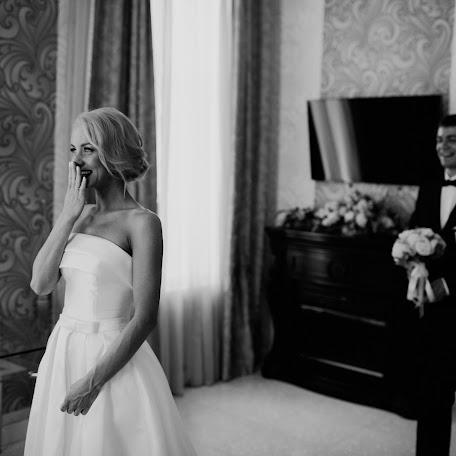 Wedding photographer Artem Suvorov (tomsuvorov). Photo of 13.03.2018