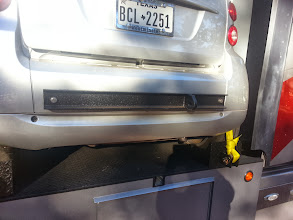 Photo: The rear pull-bar in place. I take it off once the car is loaded. I drive the car off.