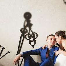 Wedding photographer Maksim Simanovich (Simanovich). Photo of 23.02.2016