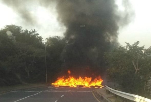 Protesting students blockaded the main entrances to UKZN's Westville campus recently. Recent violent demonstrations have caused R31m in damage to the institution.