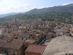 Photo: Näkymä Castelbuonon linnan ikkunasta.