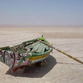 Salty desert, Tunisia by Luis Felipe Moreno Vázquez - Transportation Boats ( desert, boats, tunisia, lakes, landscapes )