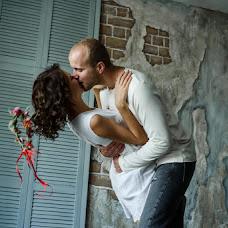 Wedding photographer Anya Piorunskaya (Annyrka). Photo of 24.08.2017