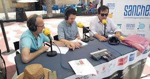 Antonio Jesús Rodríguez informó a los oyentes la extensa programación de actividades que se lleva a cabo durante el verano