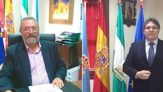 el actual alcalde, Francisco Torrecillas,  y e l exprimer edil socialista, Rogelio Mena, ambos en el despacho oficial.