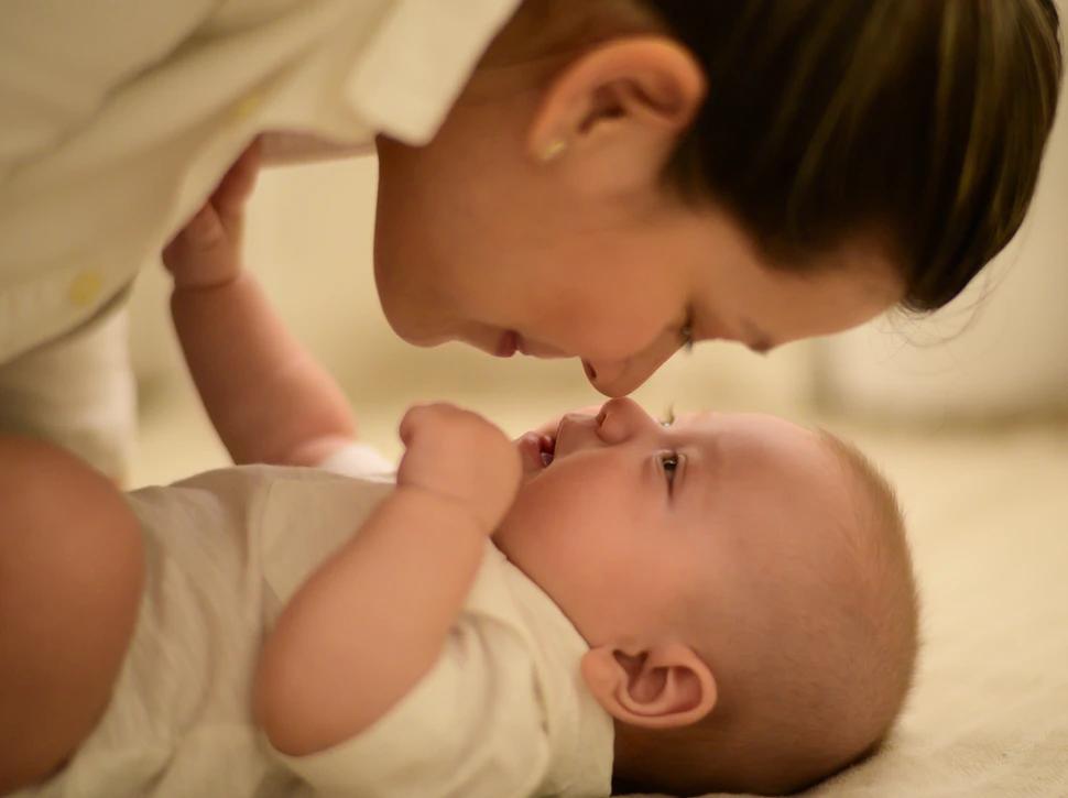 Breastmilk vs. Baby Formula