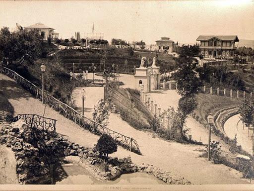 Tivoli, parco divertimenti realizzato nel 1869 sul Viale de' Colli fra Porta Romana e il Piazzale Galileo a Firenze