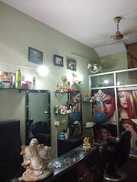 New Look Beauty Parlour photo 4