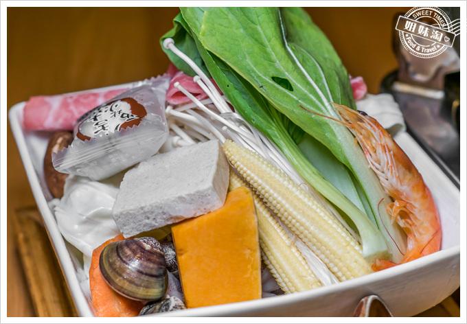 溫室造咖火鍋菜盤