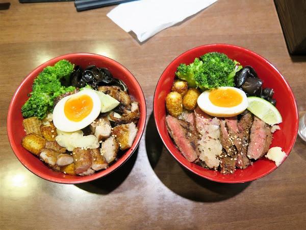 初牛炭火直燒丼飯專賣店 台北公館店 -- 很受好評必點的招牌厚切牛排丼