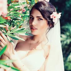 Wedding photographer Kostya Deruzhko (kostya1093). Photo of 03.10.2015