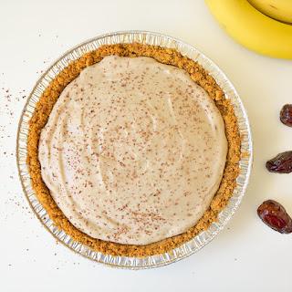 Vegan Date Caramel Banana Pie