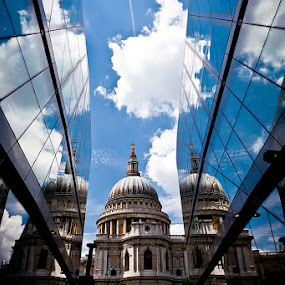 St'Paul's Church by Luca Bonisolli - Buildings & Architecture Statues & Monuments