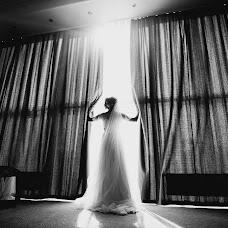 Wedding photographer Dmitriy Bezhenar (DeArt). Photo of 04.10.2017
