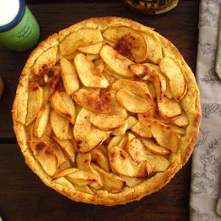 Apple, Honey And Cinnamon Pie