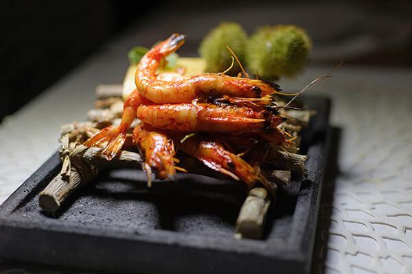 烤式料理可以讓蝦的香氣更加釋放,在家用烤箱/烤盤也能簡單上手!