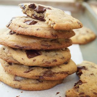 Chewy Chocolate Chip Cookies (The Best).