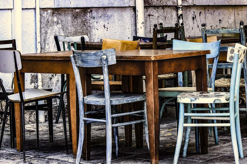 Per fare un tavolo ci vuole il legno ... di Bibanto