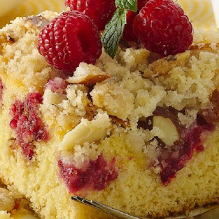 Oven Baked Raspberry Crumble Cake