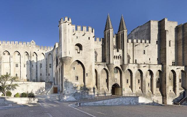 Avignon Tab