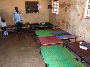 Photo: depuis un an, les lits offerts par le CTM sont utiles et résistants