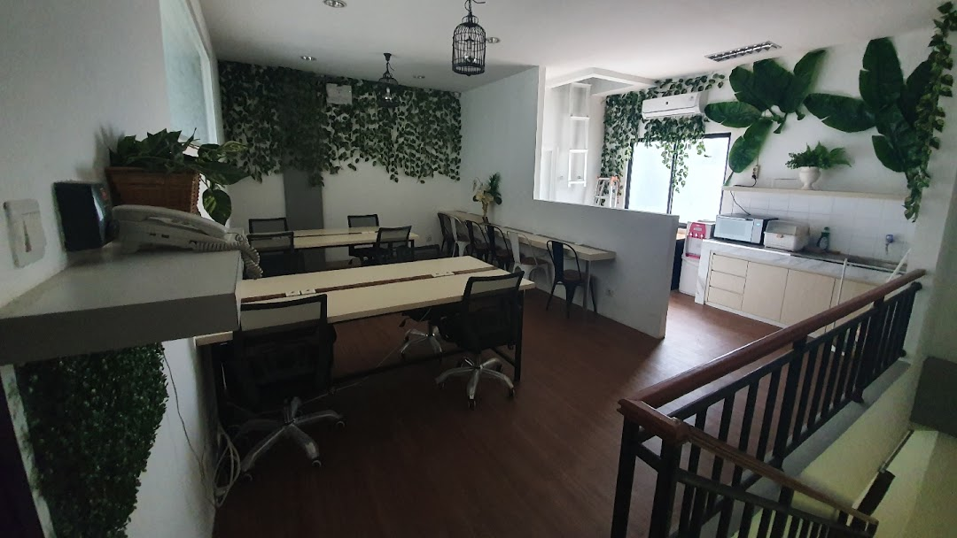Coworking space di Gading Serpong: Urban Space