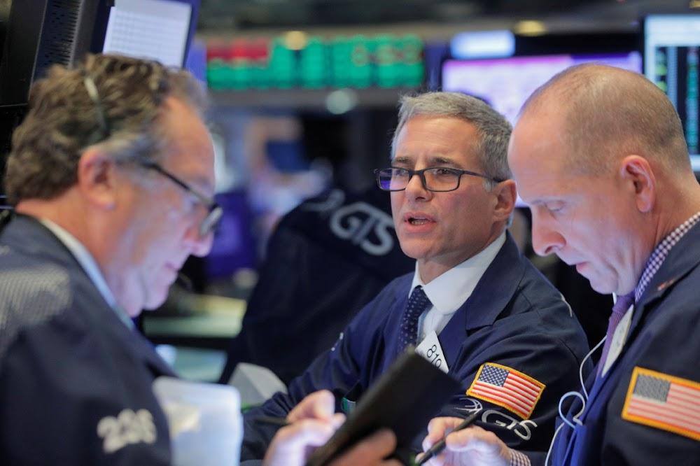 Global stocks slip on lacklustre economic data