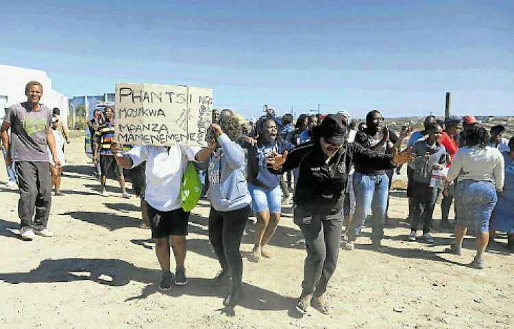 Disgruntled residents of Mdantsane NU 11 demand fair recruitment in projects that take place in their community
