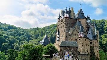 Tile Puzzles · Castles