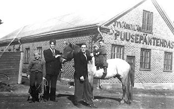 Photo: Puusepäntehdas 1940-luvulla Nisulassa