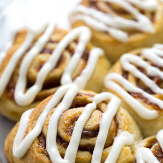 5 Ingredient Pumpkin Cinnamon Rolls