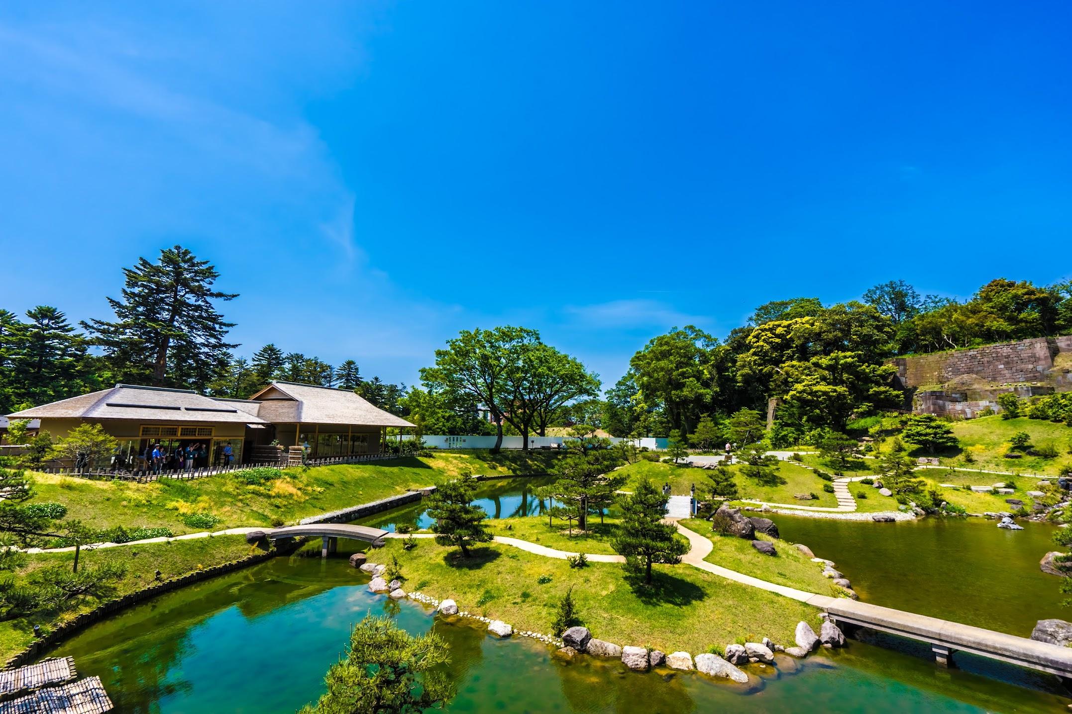 Kanazawa Castle Park Gyokusen'inmaru Garden3