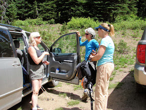 Photo: Kerry, Celia, Sarah in the parking area at the trailhead