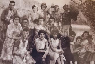 Photo: Cuadrilla en la Jira. Proveedor: Ascensión Ojeda Fernández. Año. 1961.