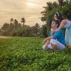Wedding photographer Pogrebnoy Vladimir (VVladimirP). Photo of 13.04.2018