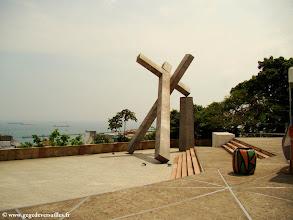 Photo: #011-Salvador de Bahia. La Croix tombée par M. Cravo Junior