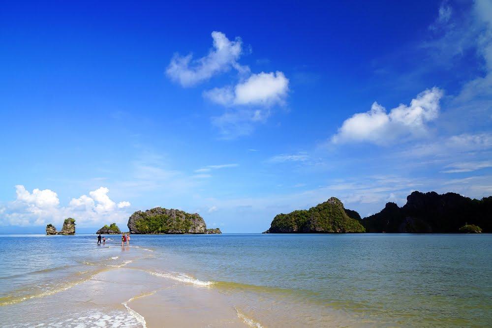 De Rhu Beach Resort Contact No
