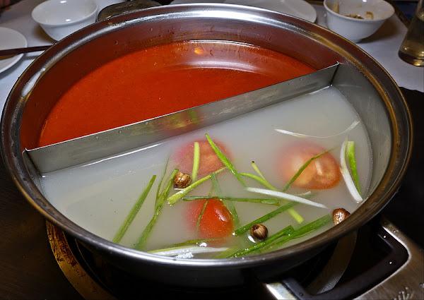 蜀國麻辣鴛鴦火鍋