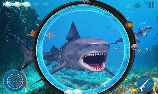 Angry Shark Attack: Deep Sea Shark Hunting Games 4
