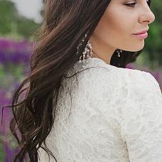 Wedding photographer Yuliya Dibizheva (u-sha). Photo of 04.07.2014