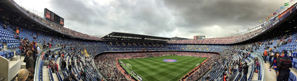 Stadion Camp Nou w Barcelonie - panorama