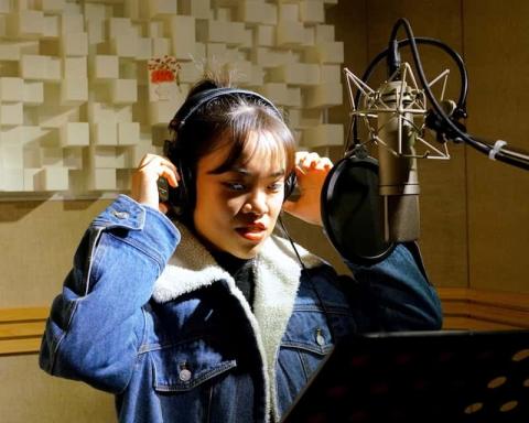 YT_K-pop-studio-min-480x384