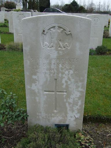 George Buchanan Arnott grave