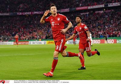 Robert Lewandowski redt Bayern München tegen hekkensluiter Paderborn