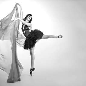 Poise by Ian Damerell - Black & White Portraits & People ( contemporary dance, pose, lady, ballet, athlete, dancer )