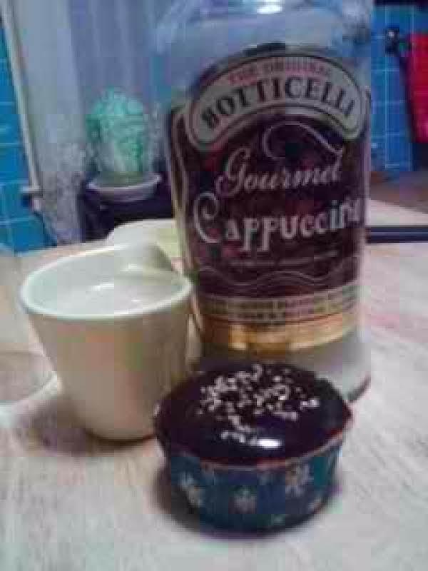 Cappuccino Cupcakes W/cappuccino Ganache