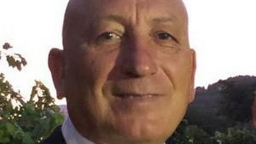 José López, propietario de la Bodega Tetas de la Sacristana.