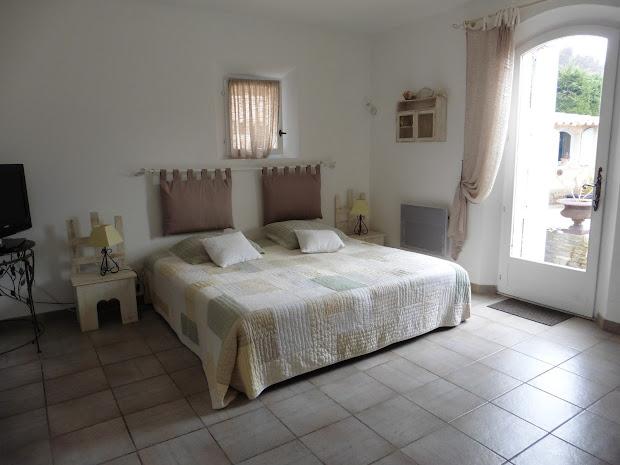 Chambre d'hôtes famille à l'Esclériade en Provence